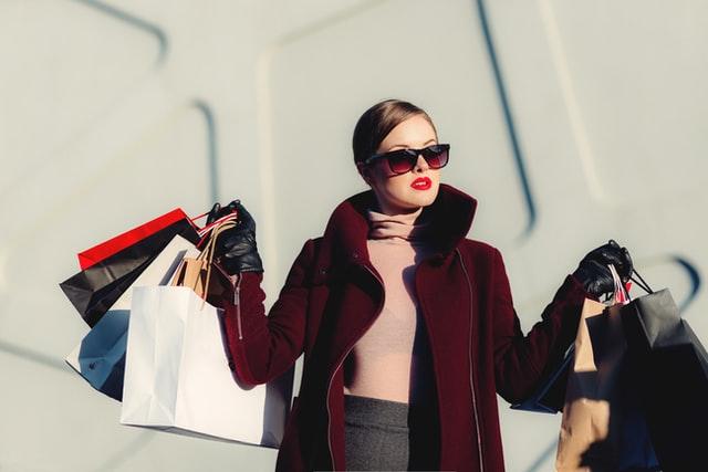 ショッピング同行 ファッションアドバイザー 奥真弓(おくまゆみ)